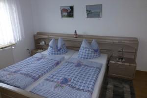 2015 Schlafzimmer FW groß (unten (6)